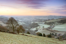 Frosty Yorkshire Winter Landsc...