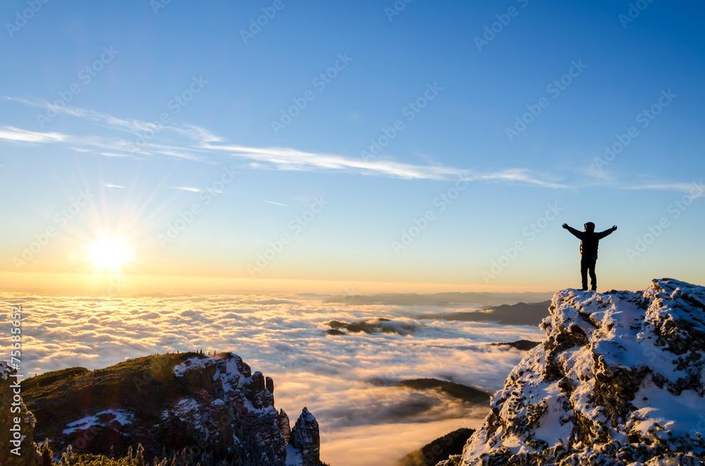 Fototapety, obrazy: hiker celebrating success