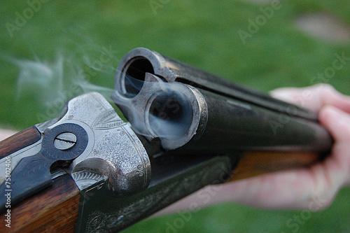 Fototapeta Smoking Shotgun