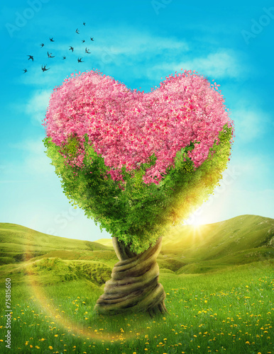 zielone-drzewo-z-rozowymi-pakami-w-ksztalcie-serca