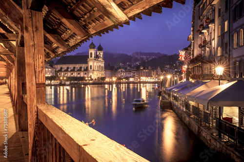 Photographie  View of Lucerne from the Chapel Bridge