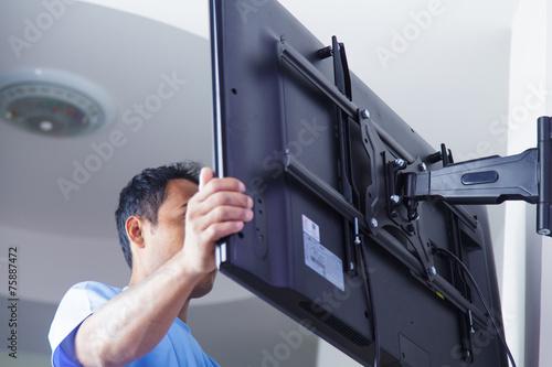 Tablou Canvas Installing mount TV