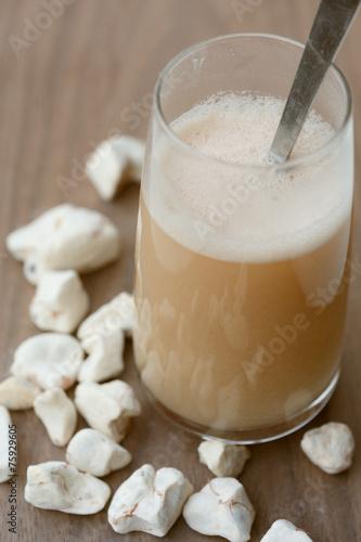 Spoed Foto op Canvas Baobab Baobab Fruit Drink