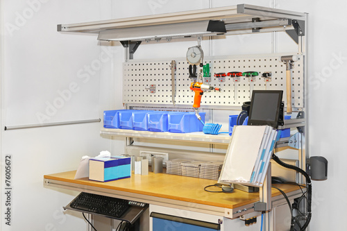 Obraz Technician workbench - fototapety do salonu