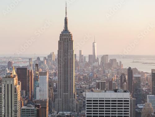 Tuinposter New York City Aerial View of Manhattan, New York, at Sunset