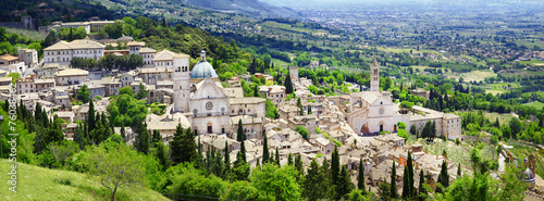 Photo panorama of Assisi - religious center of medieval Umbria, Italy
