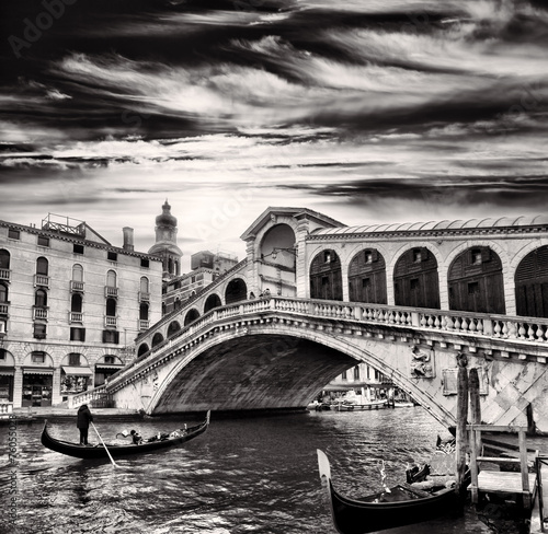 Gondolier, Rialto Bridge, Grand Canal, Venice, Italy - 76055028