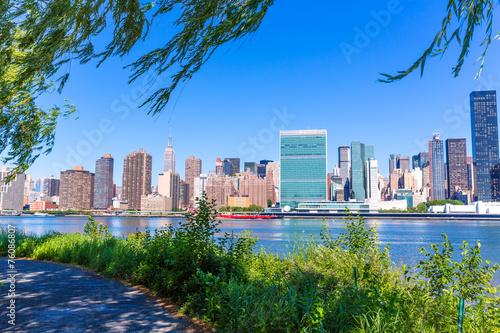Obraz na płótnie Manhattan New York sunny skyline East River NYC