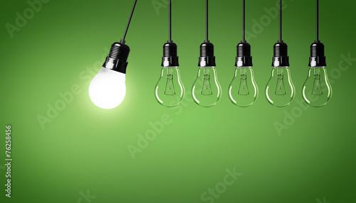 Fotografía  Energiesparlampe / Glühbirnen