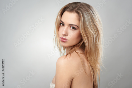 Fototapety, obrazy: portrait of  beautiful blonde on a gray background