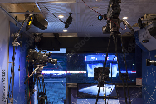 Fotografie, Obraz  camera, TV broadcast hockey