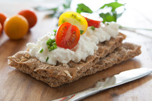 Crackers With Cottage Cheese