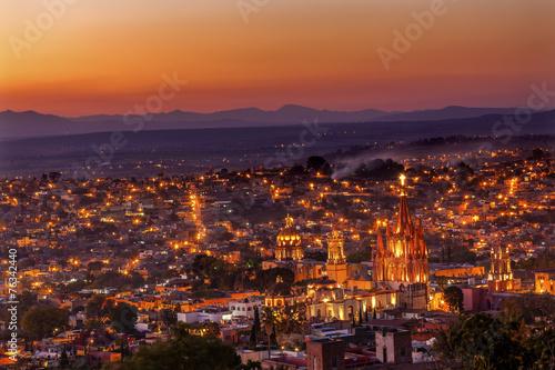 In de dag Mexico San Miguel de Allende Mexico Miramar Overlook Sunset Parroquia