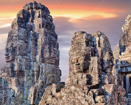 Spoed Foto op Canvas Bedehuis Bayon temple statues, Angkor, Siem Reap, Cambodia