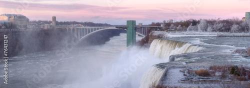 Keuken foto achterwand Buffel The Niagara Falls in November