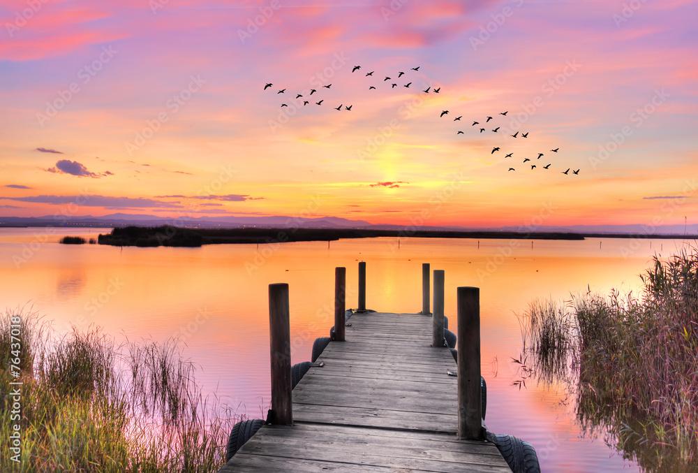 Fototapeta amaner en el lago rosa