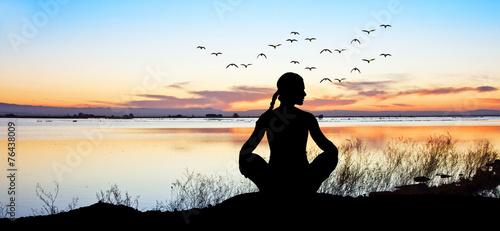 Cuadros en Lienzo espiritualidad en el lago