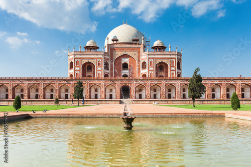 Daytime view of Humayun's Tomb, Delhi, India