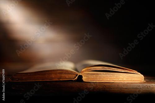 Fototapeta Libro antico aperto