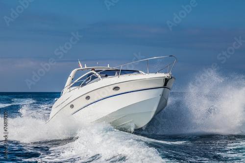 Fotografija motor boat