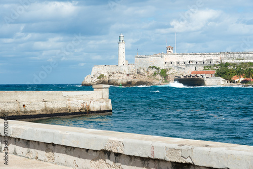 Photo The castle of El Morro and Malecon wall in Havana