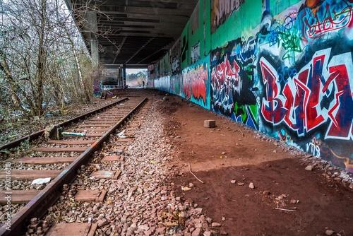 Foto auf AluDibond Bahnhof Tunnel im Geisterbahnhof München
