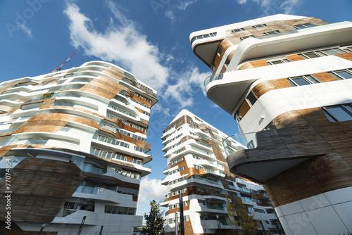 Autocollant pour porte Milan Modern residential buildings in Milan