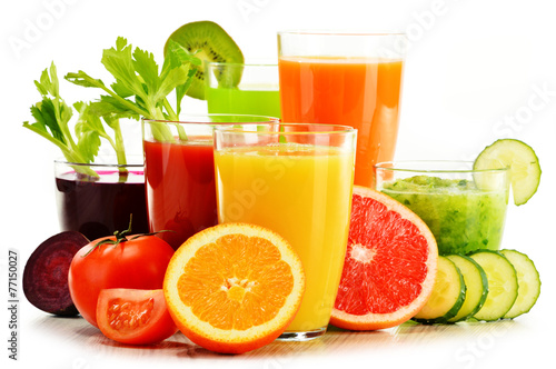 Photo Glasses with fresh organic vegetable and fruit juices on white