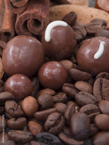 Foto op Aluminium Snoepjes chocolate with coffee