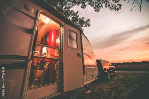 Fotografia  Travel Trailer Camping