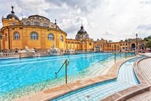 Szechenyi Thermal Baths In Bu...