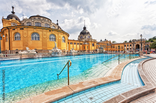 Photo  Szechenyi thermal baths in Budapest.