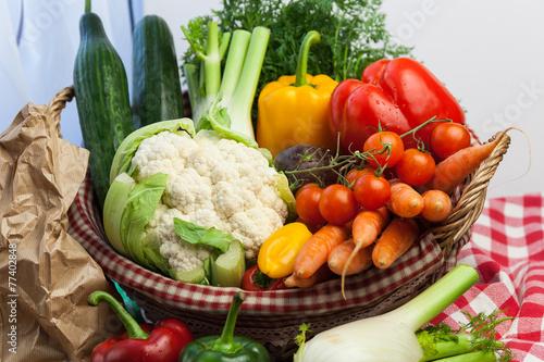 Keuken foto achterwand Waterverf Illustraties Basket of vegetables still life