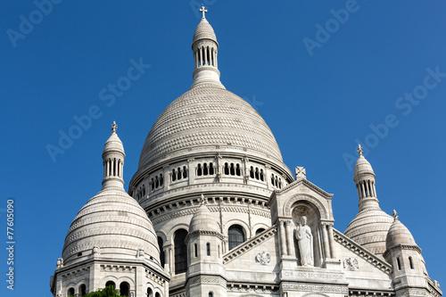 Photo  Basilica of the Sacre Coeur on Montmartre, Paris, France