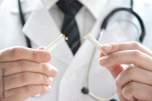 Photo  禁煙イメージ―ドクター