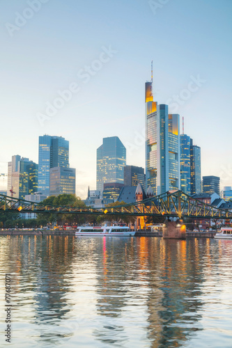 Photo  Frankfurt am Main cityscape at sunset
