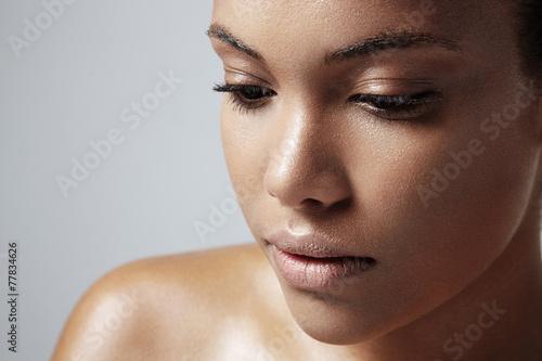 Fotografía  teen girl with a healthy oily skin