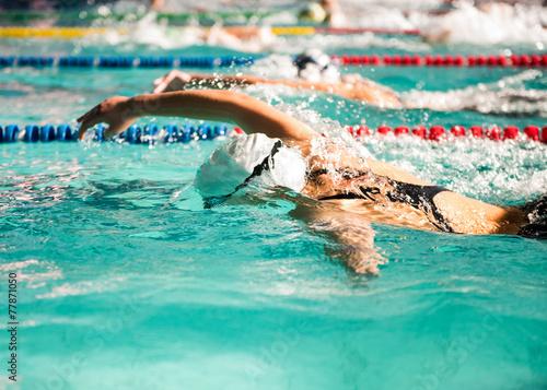 Fotografía  freestyle girl swimmer