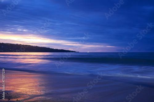 In de dag Donkerblauw Amazing beach destination sunrise or sunset with beautiful brea