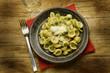 Orecchiette con brassica oleracea Italian cuisine مطبخ إيطالي