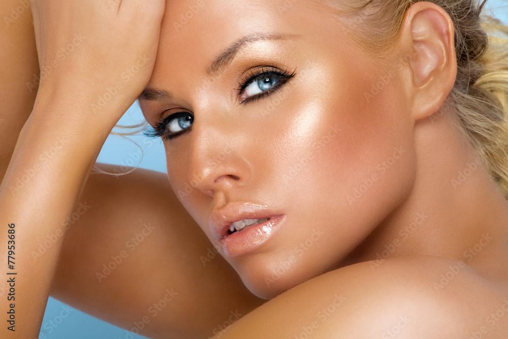 Fototapety, obrazy: Tanned Beauty