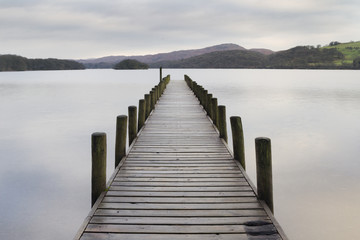 Obraz na SzkleWooden jetty in the lake district