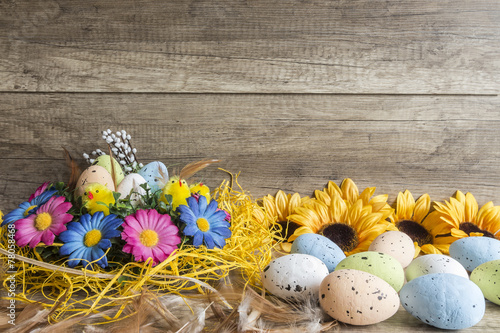 Fototapeta Wielkanocna dekoracja na drewnianej teksturze obraz