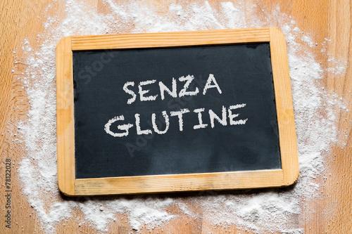 Valokuva  Lavagna con scritta senza glutine