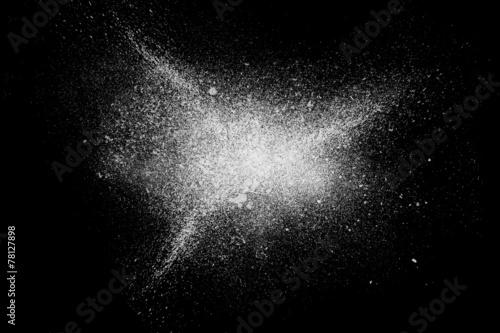 Leinwand Poster Freeze motion of white powder exploding shatter splatter