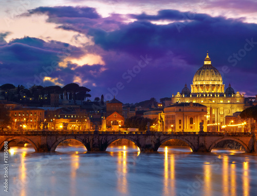 Poster Light pink Basilica St. Peter in Rome, Italy. Night view after sunset