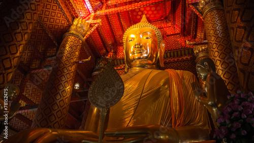 Tuinposter Boeddha Big Buddha gold in thailand old temple.