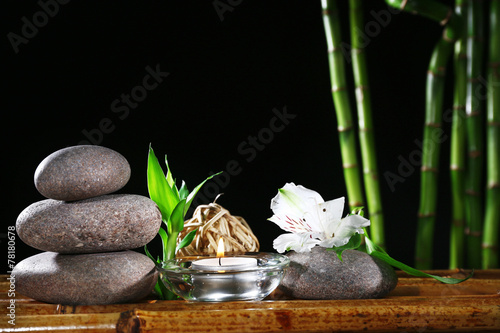 Autocollant pour porte Spa Beautiful composition with spa stones and candle