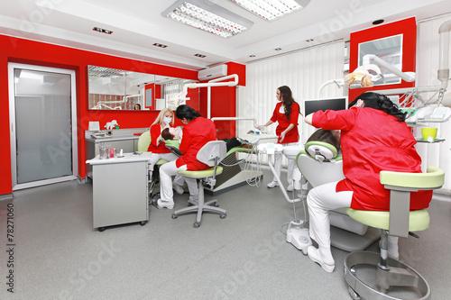 In de dag Doodle Dentist office