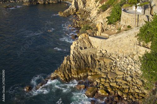 Fotografija  famous diving cliff La Quebrada in Acapulco, Mexico